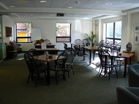 Workshop Small Tables - 20 seats